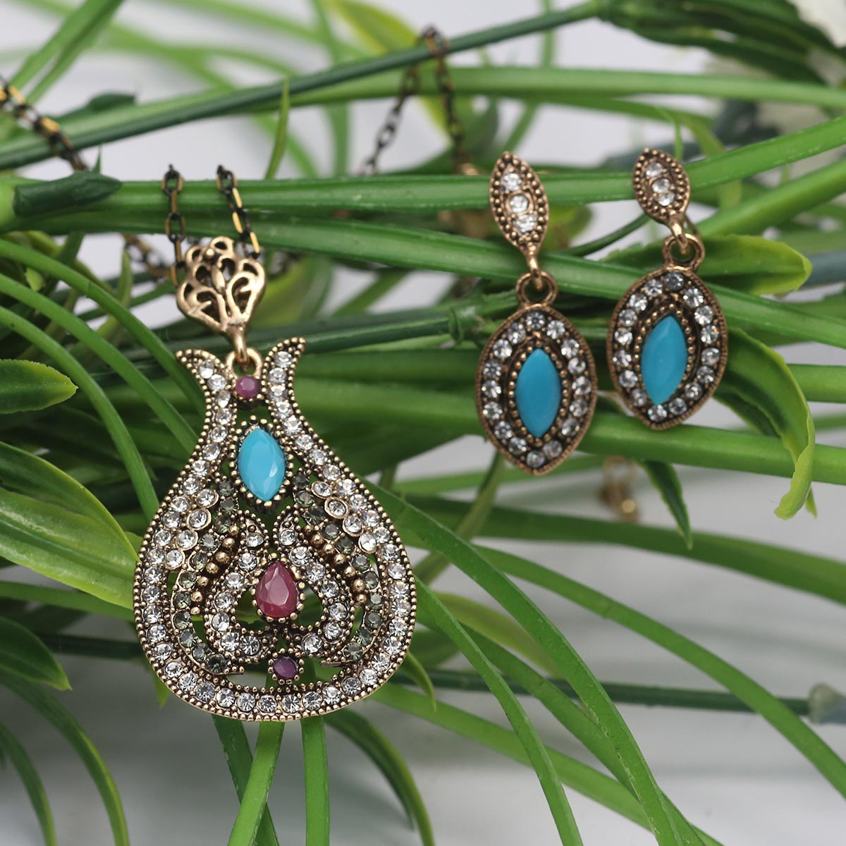 Beautiful Antique Turkish Designs Necklace Set For Ladies (PS-134) Gallery Image 2