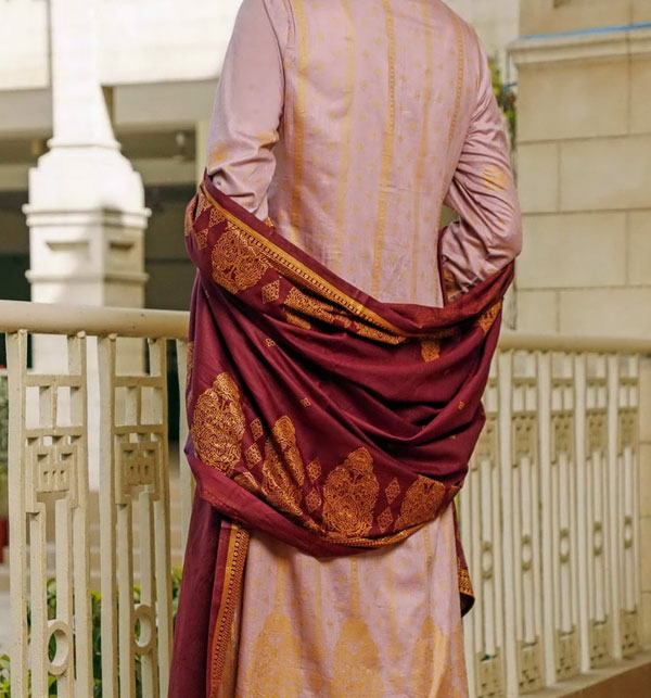 VS Classic Printed Lawn Collection With Printed Lawn Dupatta.20-120B Gallery Image 1