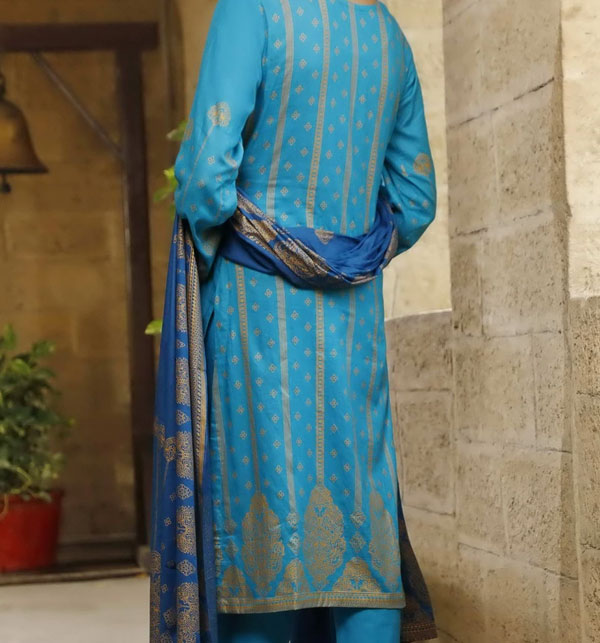 VS Classic Banarsi Printed Lawn With Lawn Dupatta.20-120A Gallery Image 1