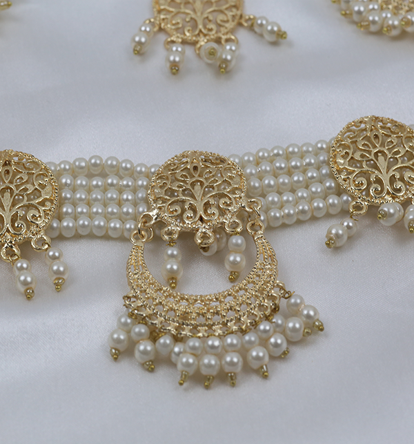 Golden And Pearl Jewelry Sets With Matha Patti (PS-263) Gallery Image 3