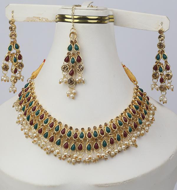 Stylish Jewellery Set with Matha Patti For Girls (PS-267) Gallery Image 1