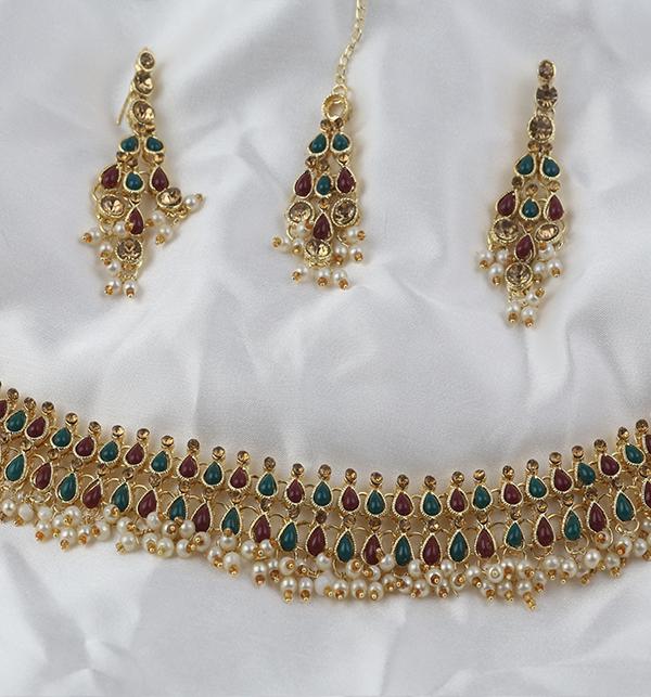 Stylish Jewellery Set with Matha Patti For Girls (PS-267) Gallery Image 2