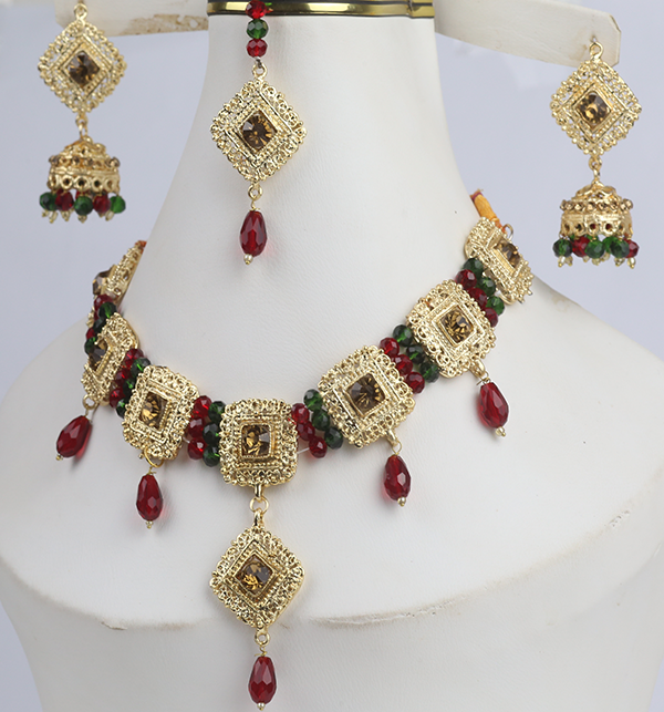 Designer Golden Jewellery Set with Matha Patti (PS-273) Gallery Image 1