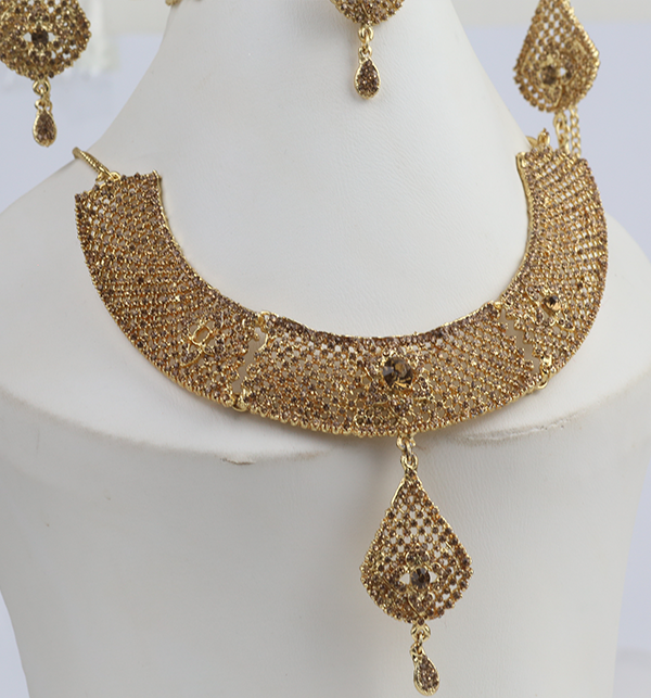 Beautiful Bridal Necklace Set (PS-274) Gallery Image 3