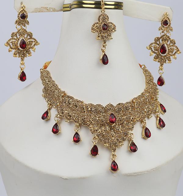 Beautiful Women Necklace Set Earring & Matha Patti (PS-276) Gallery Image 1