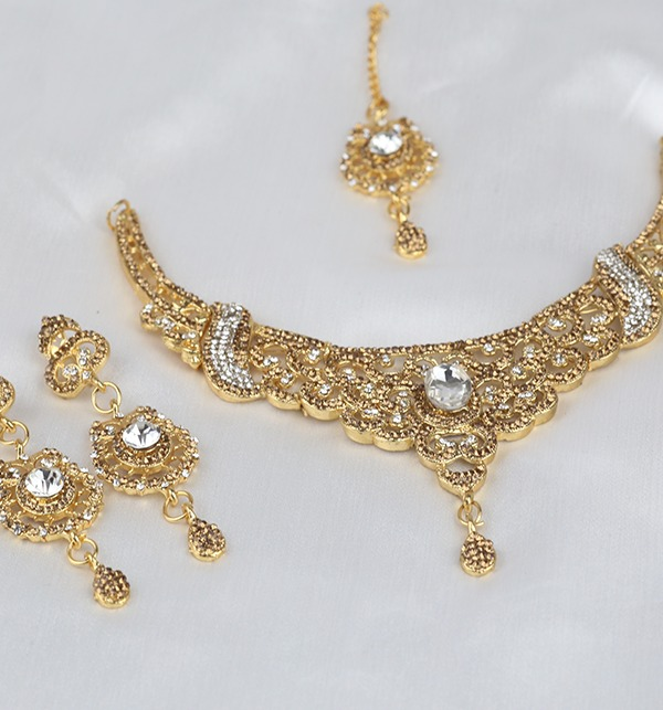 Stylish Jewellery Set for girls Latest Design Necklace,Earrings,Mathapati (PS-295) Gallery Image 1