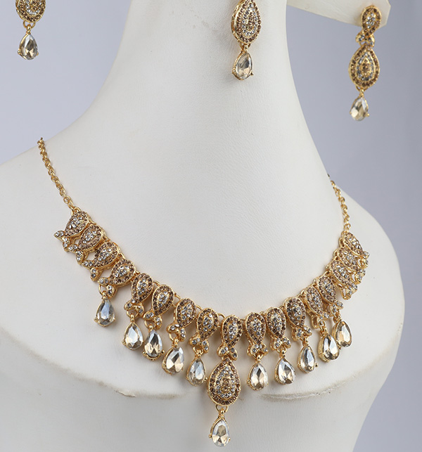 Beautiful Necklace with Earrings (PS-311) Gallery Image 2