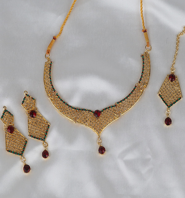 Stylish Golden Artificial Jewellery Sets Multi Stone Work (PS-370) Gallery Image 1