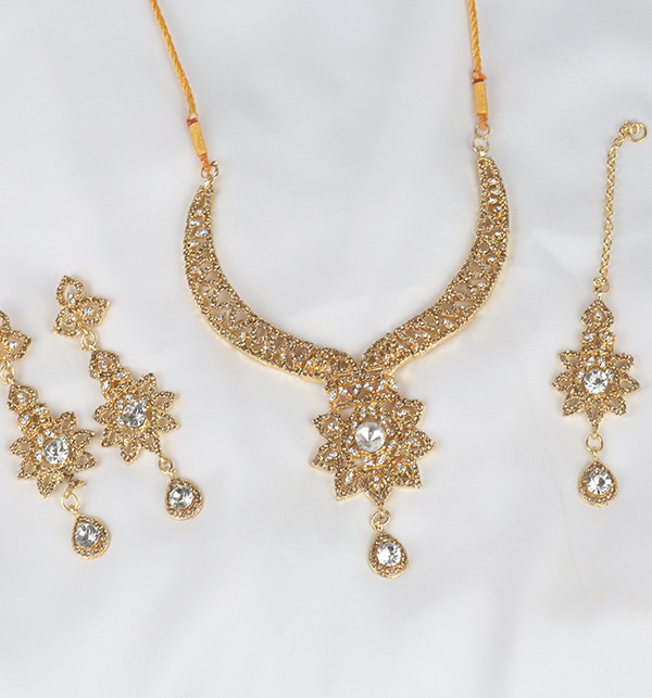 Beautiful Jewelry Sets For Ladies  (PS-375) Gallery Image 1