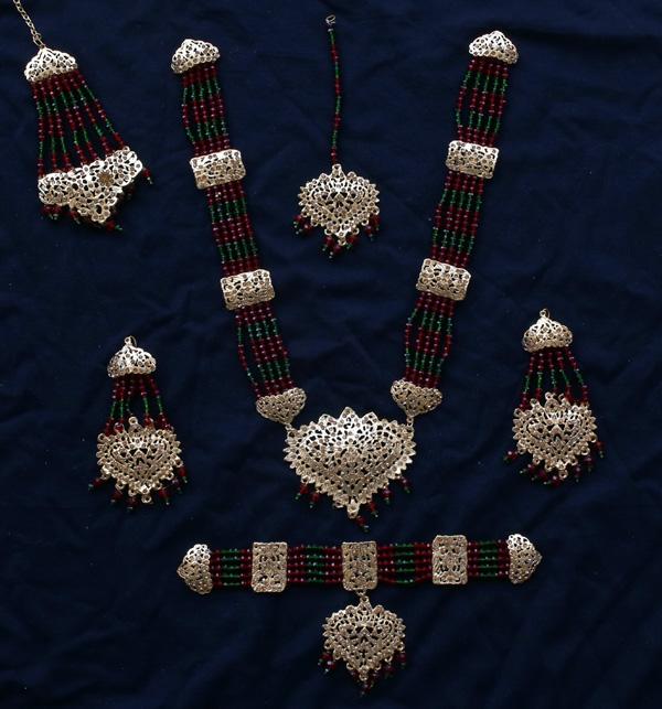 Beautiful Hyderabadi Jewelry Set MALA & Chocker Necklace Set Earing & Mathapatti (PS- 387) Gallery Image 1