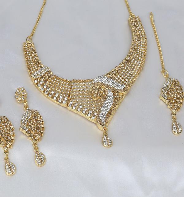 Beautiful Stone Jewelry Set With Earring & Matha Patti (PS-389) Gallery Image 1