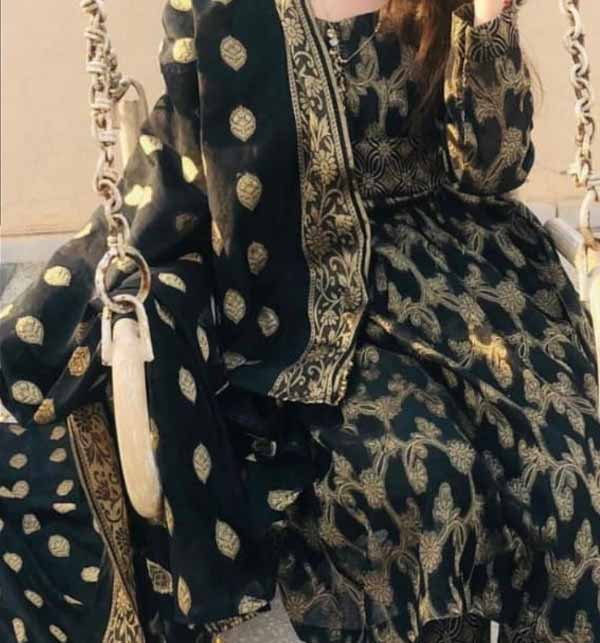 Banarsi Style Black Cotton Jacquard Suit with Cotton Jacquard Dupatta (Unsicthed) (DRL-942) Gallery Image 2