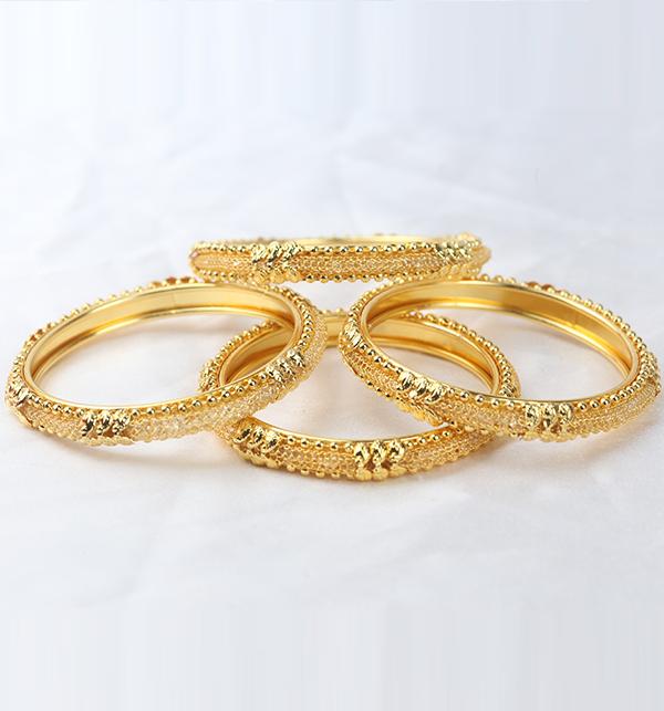 Beautiful Golden Bangle Set for Women (BH-68)