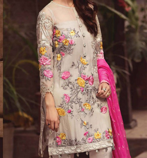 1fdedffa064 Chiffon Dresses Collection 2019 Buy Online Pakistani Suits Chiffon  Embroidered