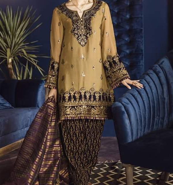 Embroidered Lawn Suits with Chiffon Dupatta (DRL-458) (Unstitched)