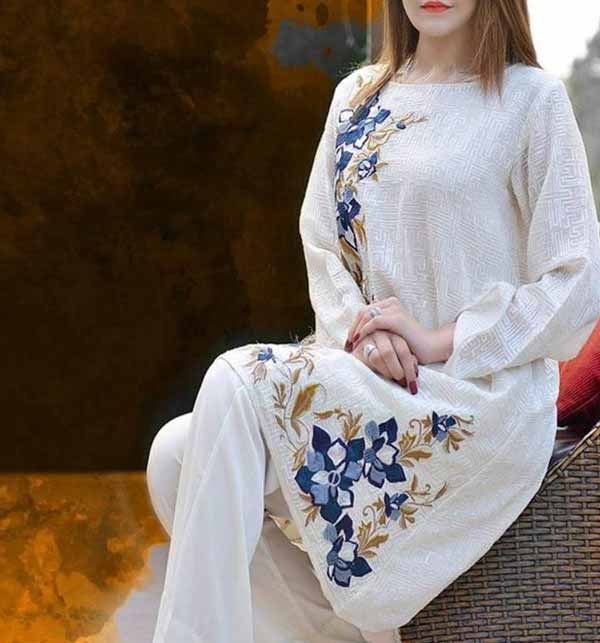 Heavy Lawn Embroidered Lawn Dress With Embroidered Bumper Chiffon Dupatta (DRL-854)