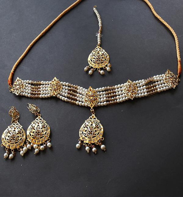 Hyderabadi Jewellery Set With Earing & Matha Patti (PS-243)