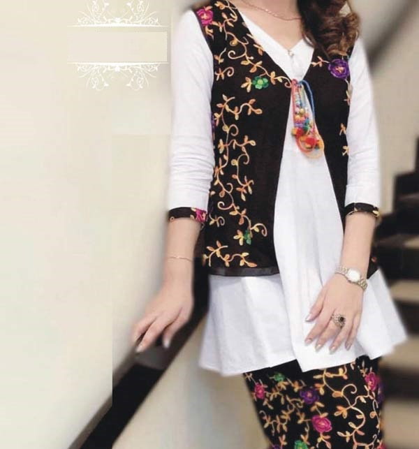 LINEN 2 Pieces Beautiful  Embroidered Suit (Unsicthed) (LN-230)