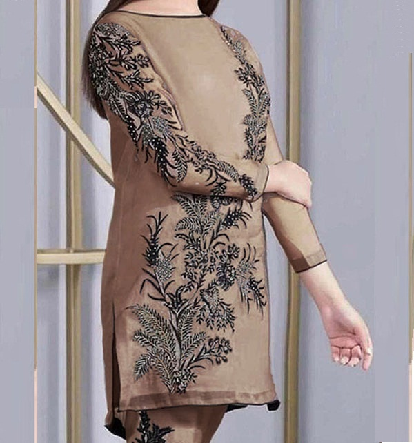 Linen SEQUENCE Embroidered 2PC (Unstitched) (LN-224)