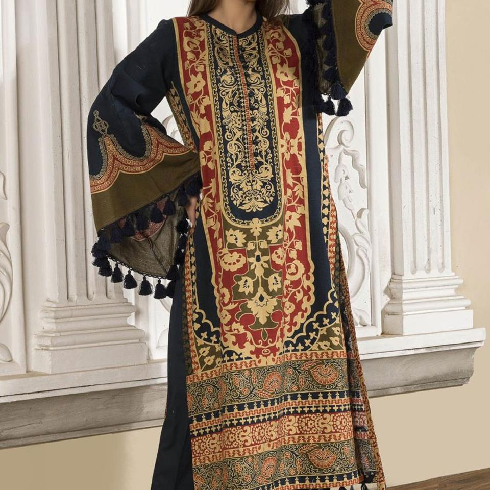 New Lawn Embroidered Suit 2020 With Chiffon Dupatta - (DRL-436) (UnStitched)
