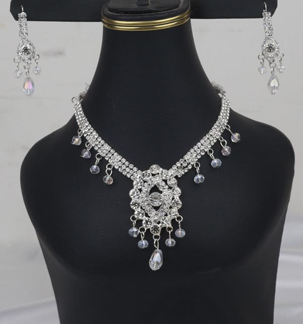 Silver Jewelry Set With Matha Patti (PS-386)