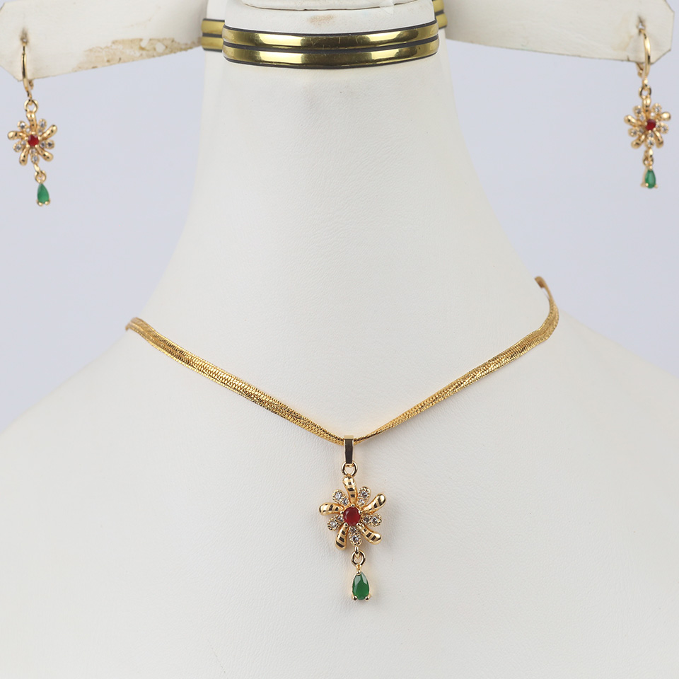 Stylish Golden Chain Necklaces Jewelry Set For Girls (PS-320)