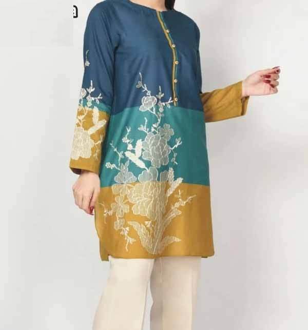 Stylish Lawn Embroidered Suit 2021 With Chiffon Dupatta (DRL-690)